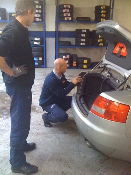 Crazy modern cars... It takes the garage guys 45 minutes to replace backlight....