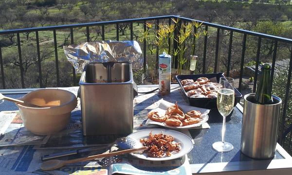 Het ultieme appelflapbakgevoel .... zon en cava!!