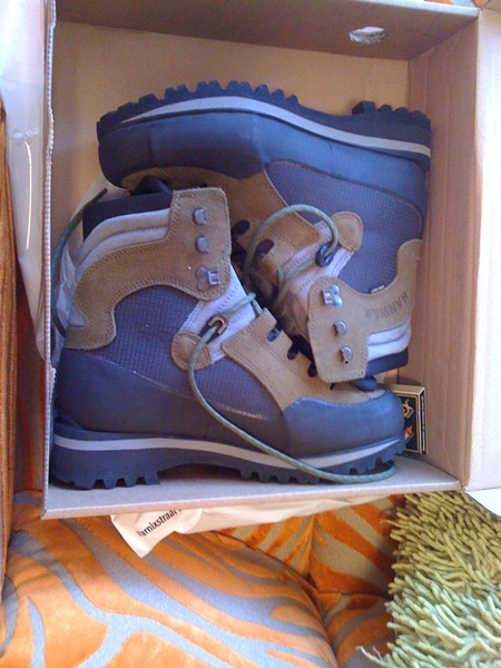The next step in my mountaineering career: new serious hiking boots!