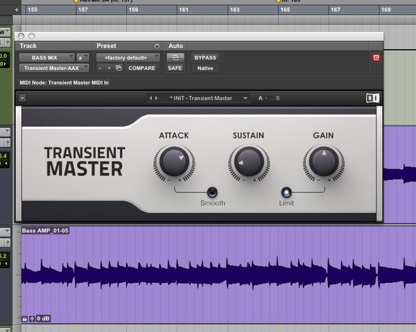 Standalone AAX plugin #TransientMaster by NI is bringing dynamics back into this bass track.