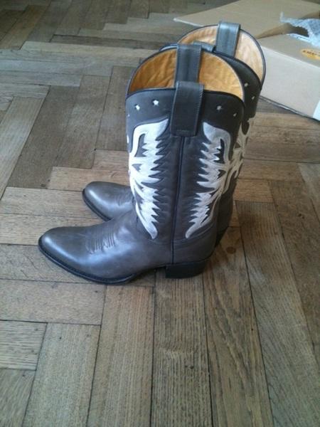 Mijn nieuwe cowboylaarzen zijn zo pretty!!!