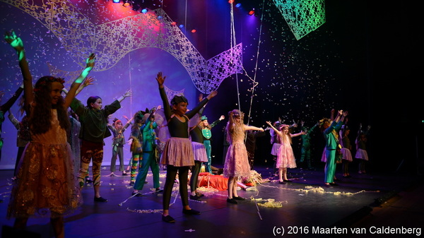 "In @PERRON3 #rosmalen is dit weekend ""Een Midzomernachtsdroom"" door @2stagerosmalen"