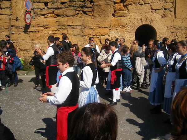 Foto de un groupe folklorique de la Sicile