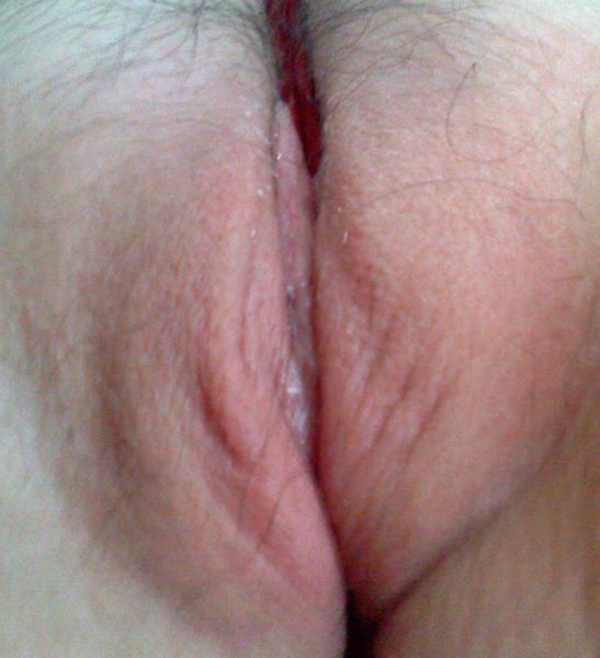 Bisexual flirt @YUMMY69xoxo sexting a pussy wedgie  :) #Gstring #vagina #muff #bi #pink #snatch #vj #CloseUp