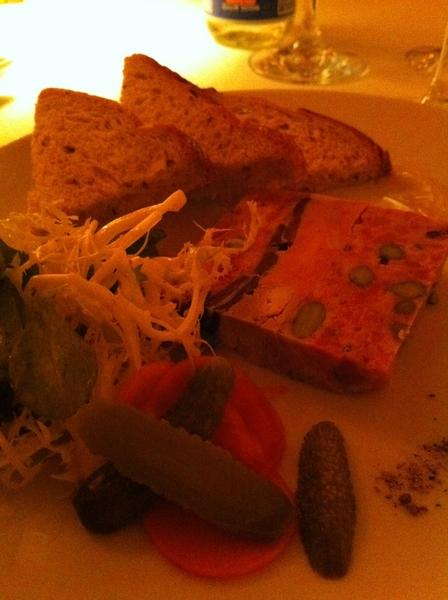 Classic Frnch 50-yr-old Le Grenouille:pâté de campagne,quenelles de brochet,mont blanc,gr8 Burgundy. >Fantasticks!