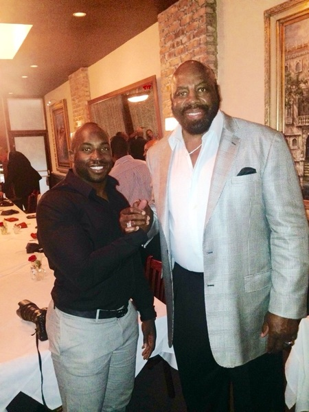 """Fun Fact:   Ed""""To Tall""""Jones one of the tallest to play DE in this game, join by one of the shortest to ever play DE"""