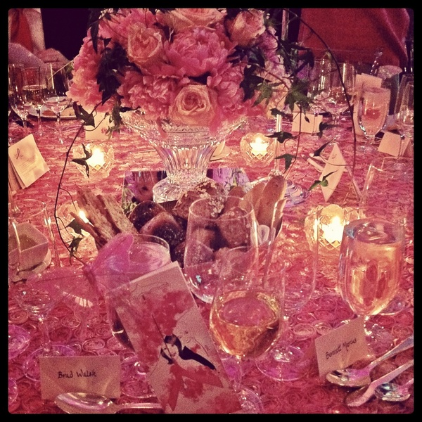 Now that's a tablescape! @BCRFcure #HotPinkParty