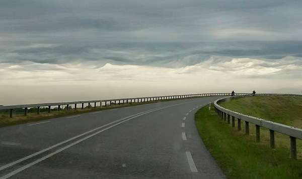 Bijzondere wolken bij Franeker in Friesland #buienradar