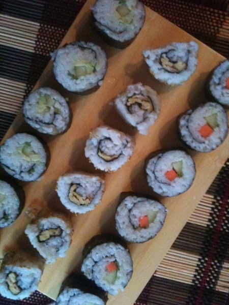 #yammie ! Homemade vegetarische sushi #eettweet