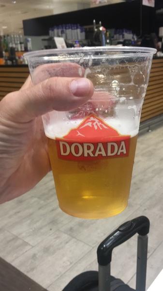 @TLCgolfsociety I've got a drink ..... honest ❤️🇪🇸🍺