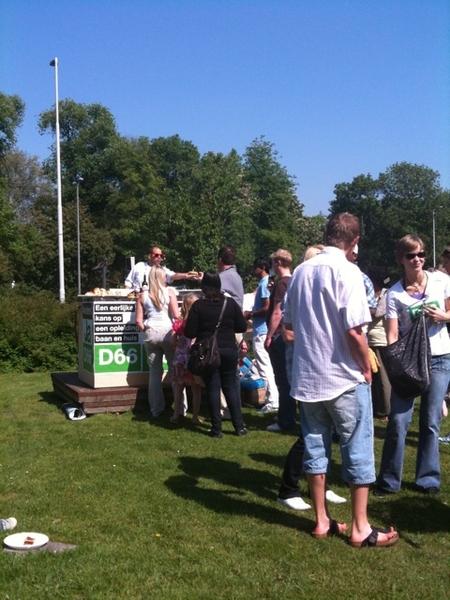 Men heeft de hamburgers gevonden ;) #twitnick #d66