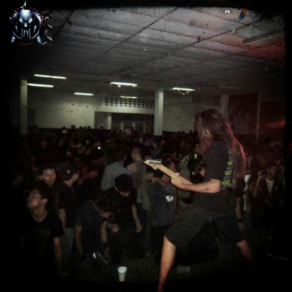 tocando con Plague of pigs en el Monagas Underground Fest 2 lml 12/05/2012.