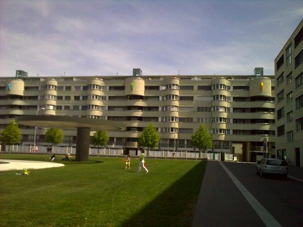 architektur alptraum in neu oerlikon 70er stil aus den