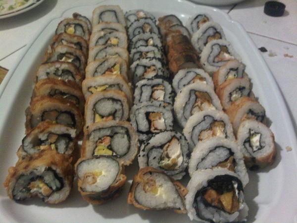 Rolls tempura y frío. #sushi