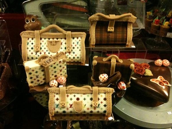 Louis Vuitton tasjes voor bijna 50 euro! Van chocola! Bij Jordino op de haarlemmerdijk #watdegekervoorgeeft