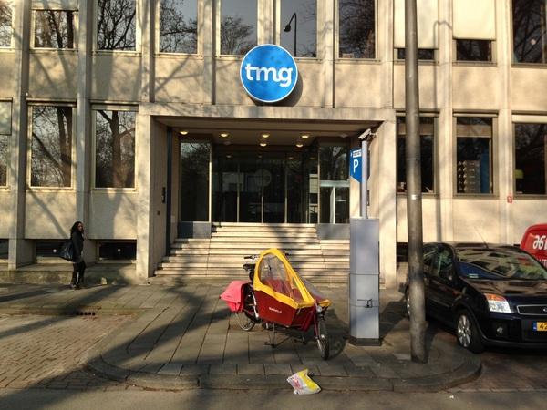 Bij TMG voormalig hyves HQ. ben benieuwd