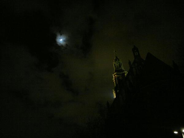 #Berlin Alexanderplatz bei Nacht.