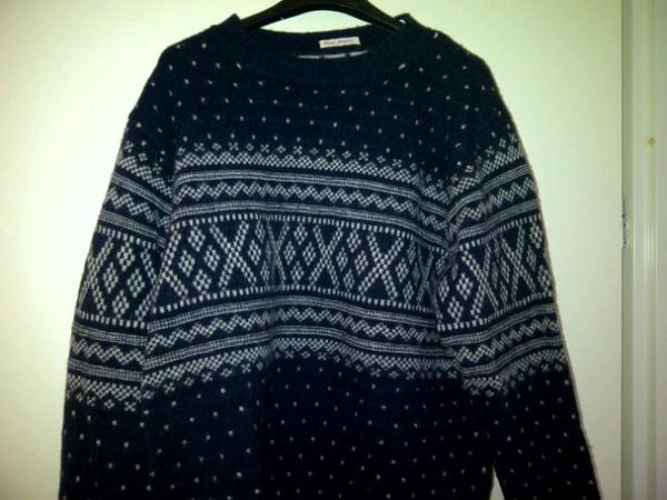 Op naar Studio Sport, deze trui maar aan? :) #schaatsen
