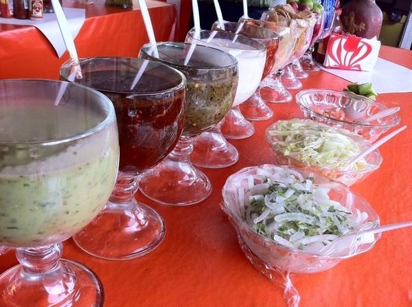 Ensenada Seafood Mkt: El Norteño: 18 dif condiments for the classic fish taco