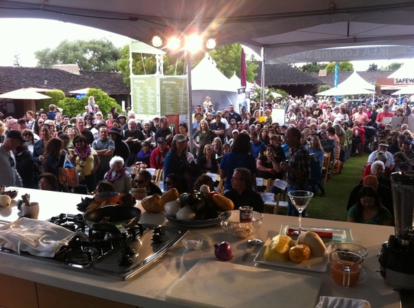 Ready 4 me second demo at fabulous Sunset Celebration wknd. Another amazing crowd.Thx Chase Sapphire 4 brining me!