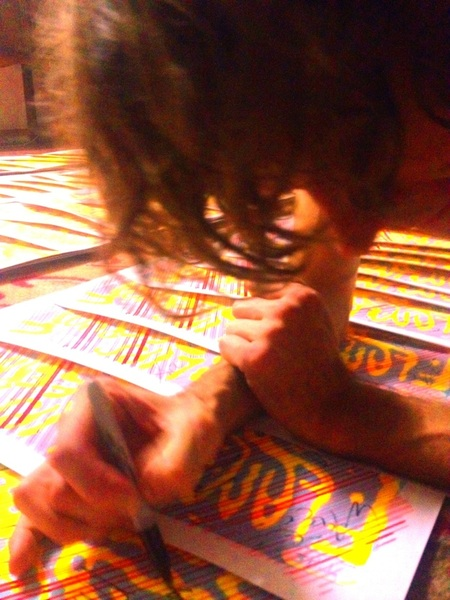 Yessss!!!! Deerhoof signs the shit out these cool posters!!!