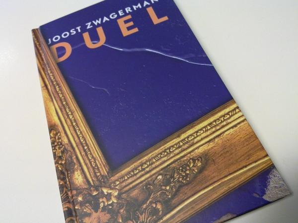 Het #boekenweek geschenk is binnen! 'Duel' van Joost Zwagerman.  #selexyz