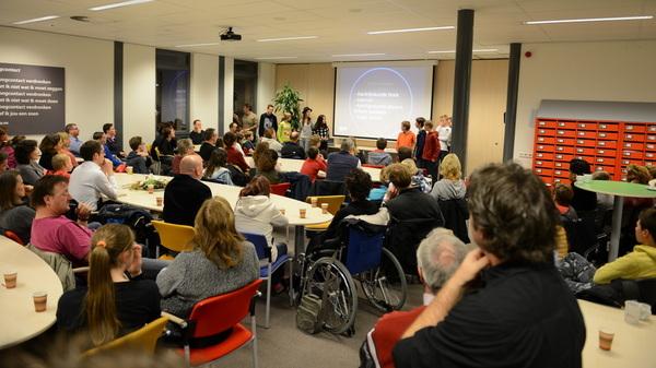 Vanavond presenteerden The Ultimate Survivors hun @FLLBenelux idee tijdens de @rodenborch #talenttraject #ouderavond
