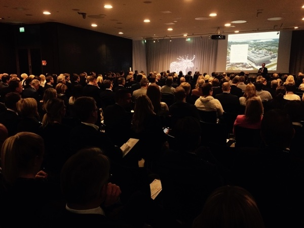 Packed house for #CityCon.  Fastest Growing Cities in #Europe.  #NCSCHelsinki2015 #NCSC #Nordics