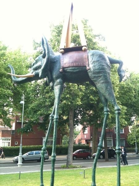 Space Elephant : Salvador Dali #artzuid #Amsterdam