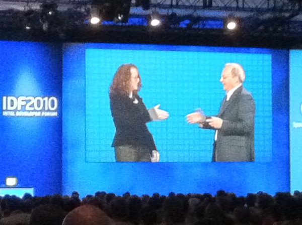 @IntelLabs Social Scientist Genevieve Bell and Intel CTO getting it right with Context Aware Computing, Elevating Smart to Smarter Devices #IDF10