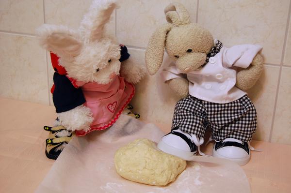 Zackary: Knead da dough.. Rufus: is that sanitary?? #cookinwifrabbits #cooking #baking