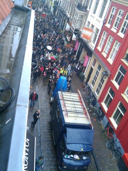 Kraken gaat door! Demonstratie in Utrecht centrum