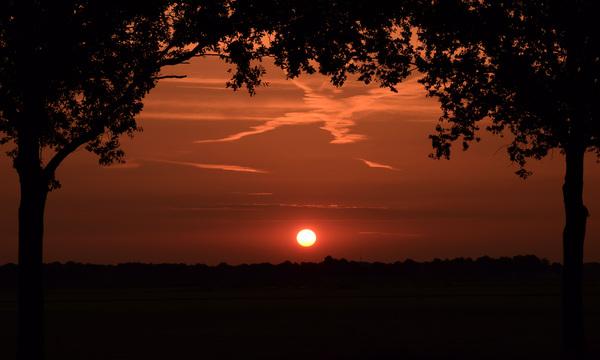 Zonsopkomst vanmorgen vroeg in Hooghalen #buienradar