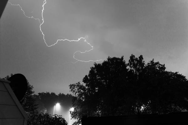 Onweer boven Eindhoven #buienradar