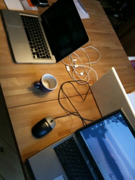 Zondagochtend, tijd voor een LAN-party met @eaderigt