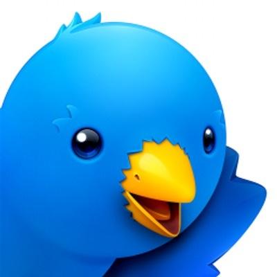 Ik ben maar weer terug gegaan naar m'n oude vertrouwde Twitterrific 5 die wel geen push heeft maar wel lekker zuinig.