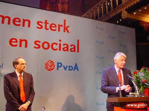 Tweedekamerverkiezingen. Met @mjuffermans in Paradiso bij de uitslagenavond van PvdA http://prbt.nl/64A4442C