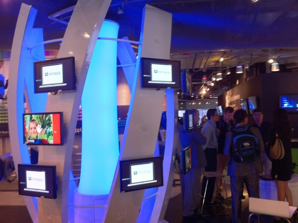 Did you get inside Intel AppUp store inside Metreon, #SF today? What mist inspired you? #IDF10