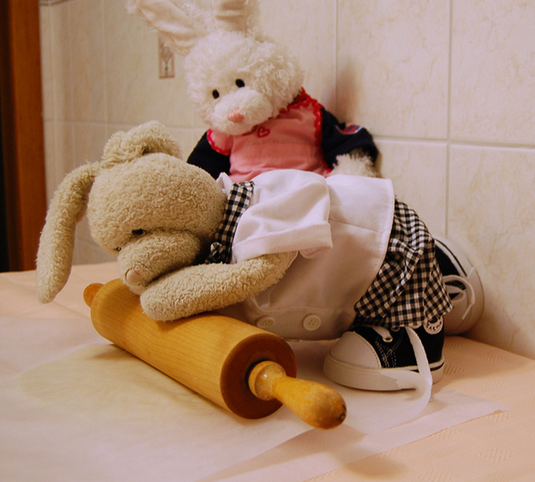 Zackary: Roll out to 1 inch thickness..mmfthhmmaghh.. Rufus: need some help? #cookinwifrabbits #cooking #baking