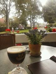 Zo, eemn pauze bie Hofsteenge in Grolloo. Din nog trug pokkeln. :-)