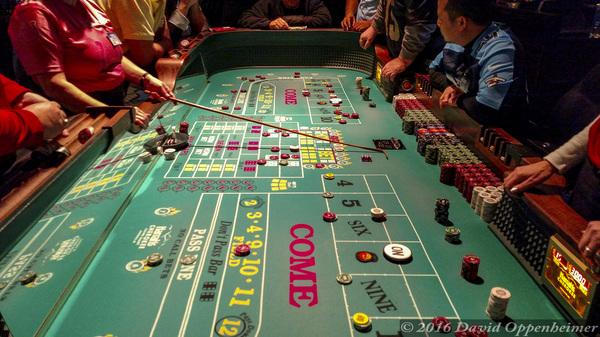 Slot machine wedding favor