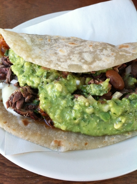 First stop on taco crawl: El Yaqui in Rosarito: carne asada (skirt) w whole pintos, chs, avo-tomatillo