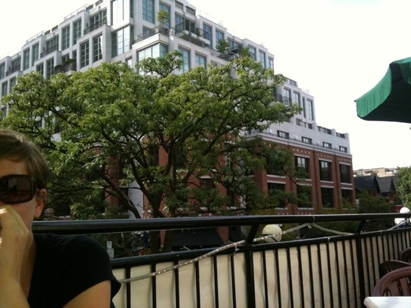 Rooftop dining at Remy's Yorkville.