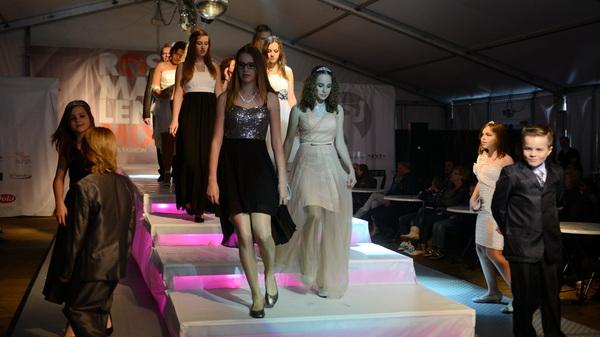 Op De #Driesprong in #rosmalen vond vandaag de @rosmalenmix #modeshow plaats