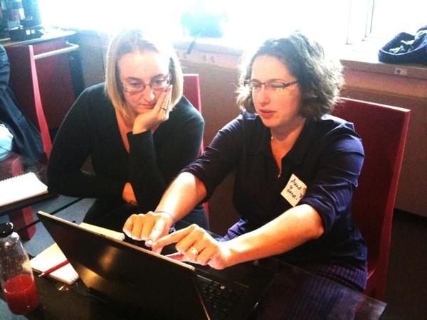 @annetstruik &........aant nerden #Geniusbar #wordcampnl  #