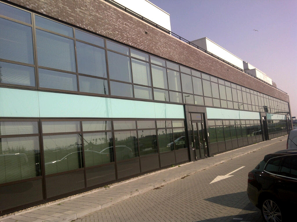 Wat leuk. Hier zit ook makelaarsland.nl naast tripple it. Ook even zo bezoeken.