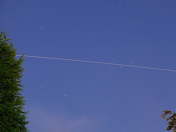 #ISS through Ophiuchus just now - passes between Yed Prior (delta Oph) and Yed Posterior (epsilon Oph) - bright star at top is Marfik (lamda Oph)