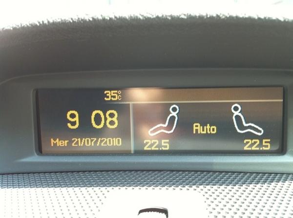 この時間でこの気温。車のだけど~(^o^)