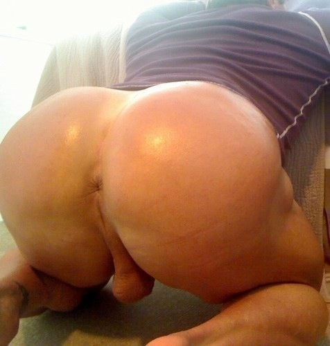Damnnn!! RT @CuteJerseyBoys RT @gaypicturesxxx: RT if you'd stick your dick in that butt