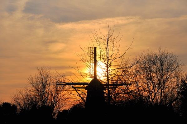 mooie zonsondergang op maandag #buienradar